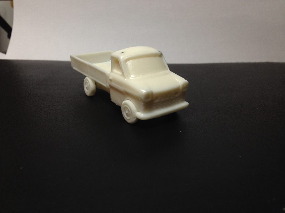 1/72 Transit Pickup (HD 69)